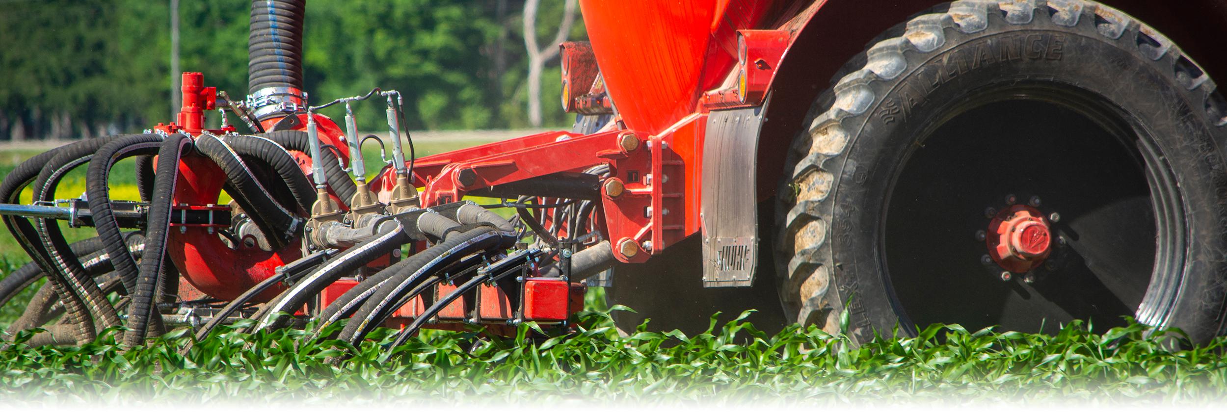 row-crop-injector-tractor2